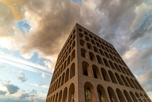 Il cielo sopra il Colosseo quadrato